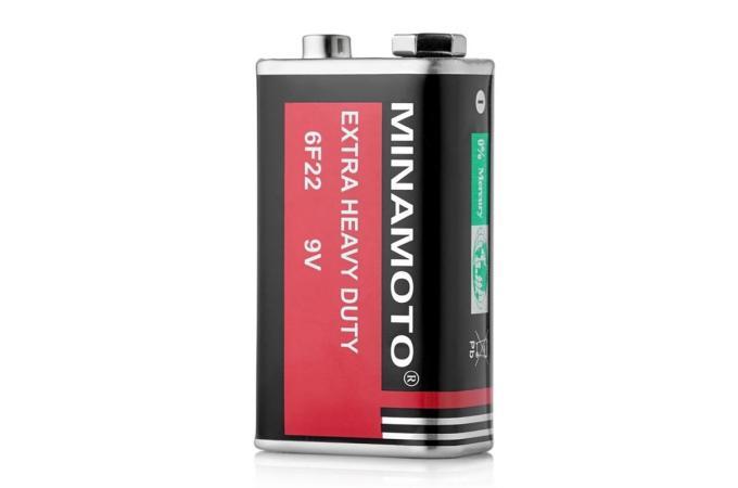 Батарея солевая Minamoto Крона/6F22 (цена за 1 шт)